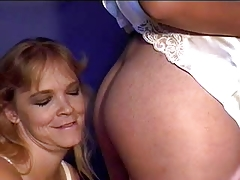 2 Girls Farting In Mouth