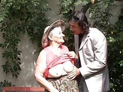 Omas mit 75 immer noch geil