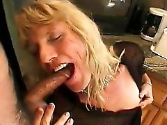 Milf Tranny Gentlemens Video