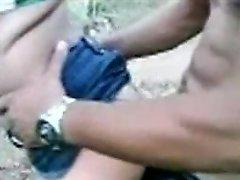 Fluxo Com Novinha No Mato
