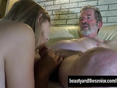 Sexy Teen Daisy Suck Jean's Old Dick