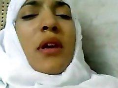 Hijab Hawt Muslim Aunty Fucked By Doctor