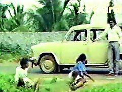 Mallu Vintage Busty Aunty
