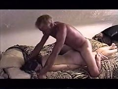 Sub Jeanie Blindfolded And Chains