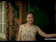 Holliday Grainger Any Human Heart S01e01