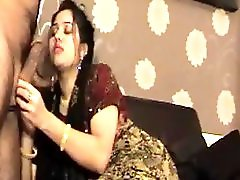 Pakistani Girl Hymen