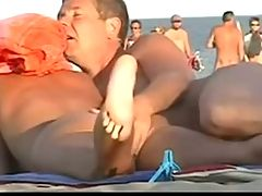 Nude Beach Sexy Amateurs Pt 1