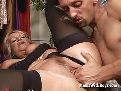Horny Mama Fucked In A Dresser Room