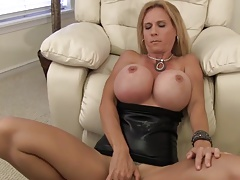 Huge Tits Mature Oral