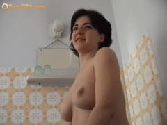 Amateur Homestyle Sex Busty Bitch