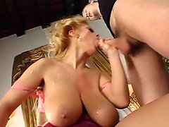 Blonde Lady With Shaggy Tits Camaster
