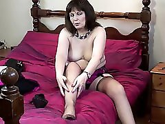 Real Mature Mom Makes Her First Porn Vid